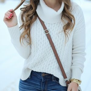 American Eagle Outfitters Sweaters - Cable Knit Sweater
